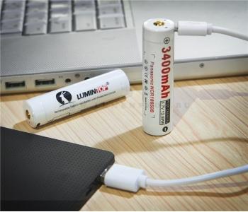 http://www.lumenprof.ru/585-3952-thickbox/lumintop-lm34c-akkumuljator-18650-s-razemom-micro-usb-dlja-zarjadki-3400mach.jpg